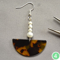 Elegant Pendant Earrings For Autumn