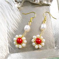 1959 Vintage Flower Pearl Earrings